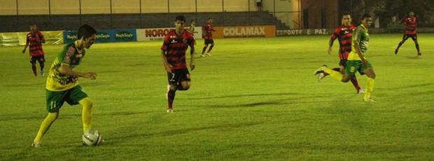 Fla-PI x Picos Copa Piauí 2013 (Foto: Wenner Tito/GLOBOESPORTE.COM)