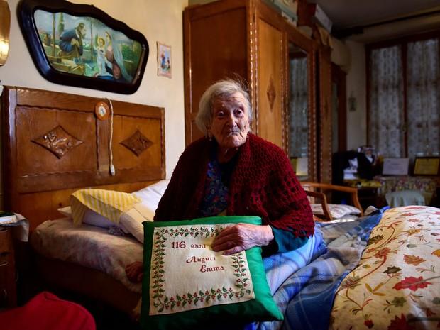 Quando era jovem, Emma Morano se separou de seu marido e nunca mais voltou a se casar (Foto: Olivier Morin/AFP)