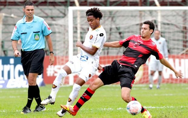 jogo Oeste x Sport (Foto: Célio Messias / Agência Estado)