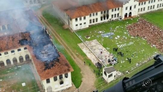 Polícia recaptura 79 presos após rebelião no interior de SP