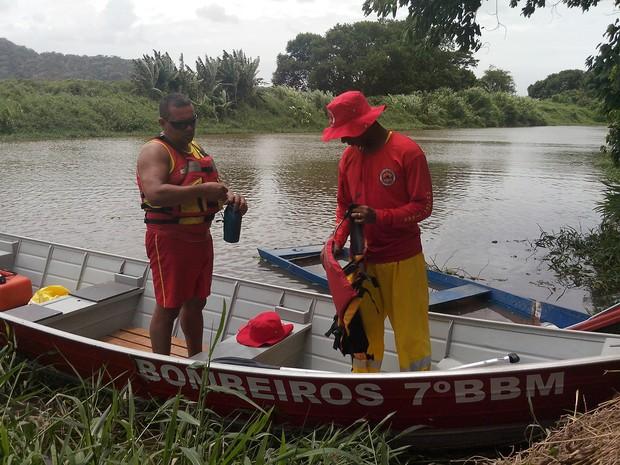 Homem desapareceu após sair para pescar na quinta (13) (Foto: Luiz Souza/RBS TV)