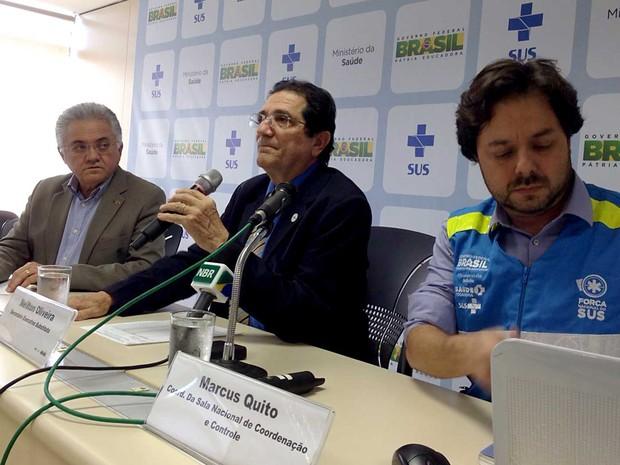 O secretário-executivo do Ministério da Saúde, Neilton Oliveira, durante divulgaçãio de balanço sobre vistorias a residências no combate ao Aedes aegypti (Foto: Gabriel Luiz/G1)