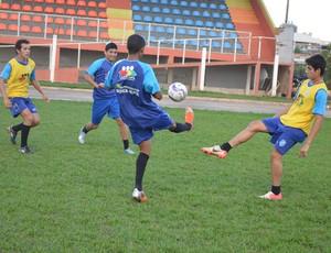 Jogadores da base do Espigão (Foto: Magda Oliveira)