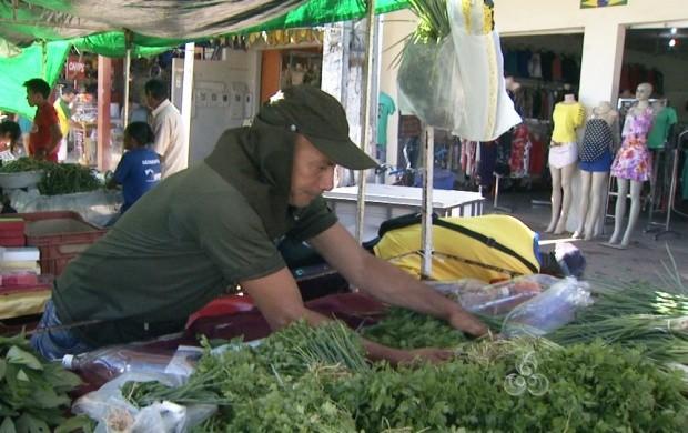 Foi com o trabalho de feirante que seu Antônio criou os filhos (Foto: Roraima TV)