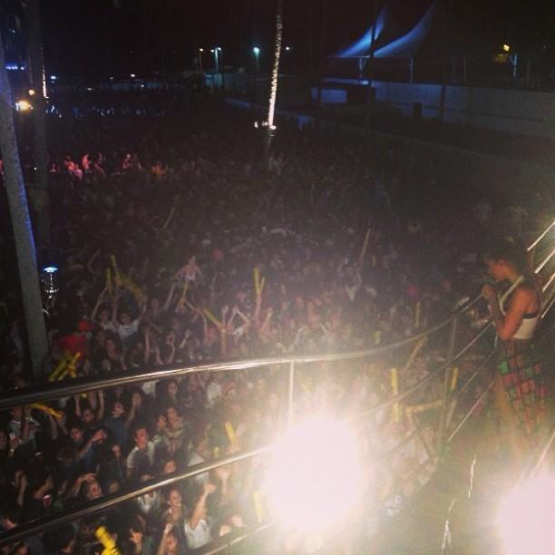 Anitta em show em Porto Seguro, na Bahia (Foto: Instagram/ Reprodução)