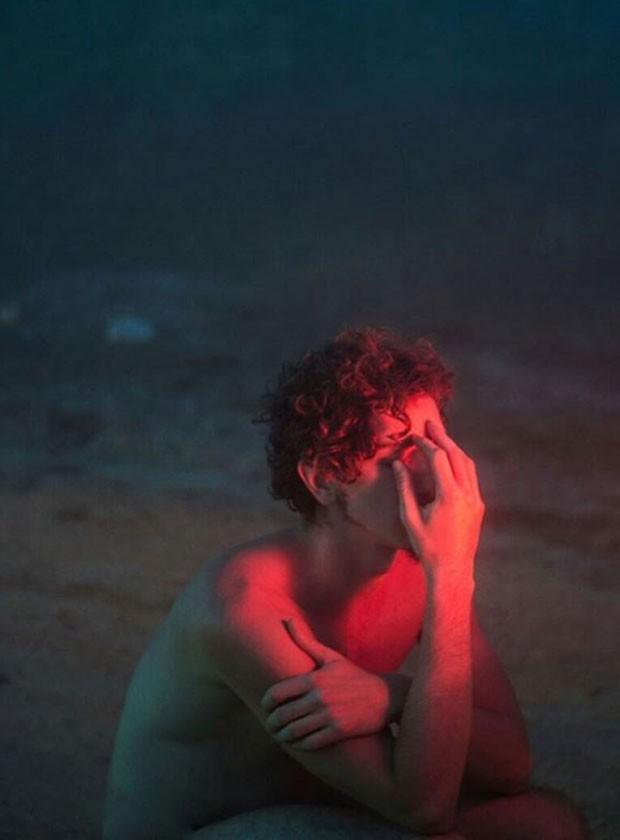 Johnny Massaro  (Foto: Flora Negri/Reprodução)