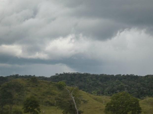Frente frio no centro-oeste do país deve trazer chuva à Rondônia (Foto: Jonatas Boni/G1)