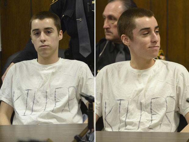 T. J. Lane, em dois momentos durante o julgamento (Foto: AP/Duncan Scott/The News-Herald)