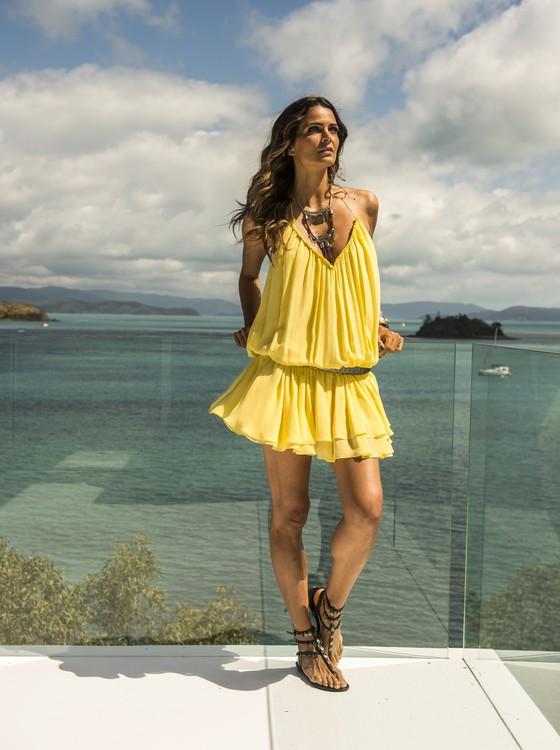 """""""Nunca tinha dado beijo técnico na minha vida, foi estranho"""", diz Fernanda Motta (Foto: Rede Globo)"""