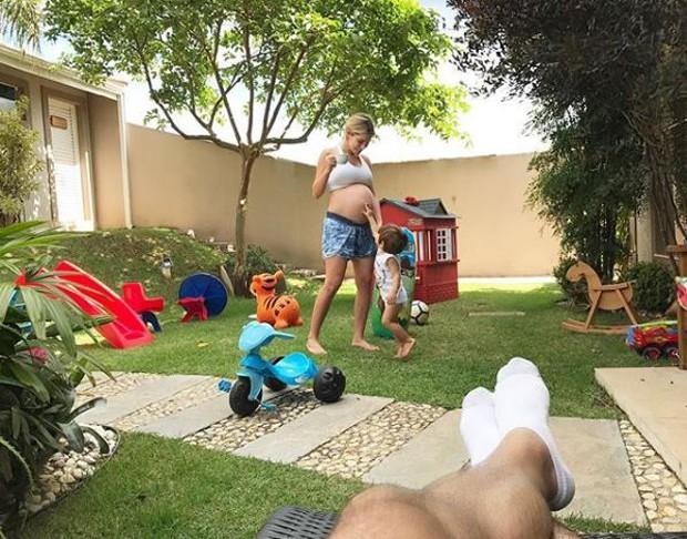 Adriana Sant'Anna está grávida do segundo filho de Rodrigão (Foto: Reprodução/Instagram)