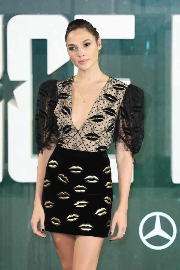 A atriz Gal Gadot durante evento de divulgação em Londres do filme da Liga da Justiça (Foto: Getty Images)