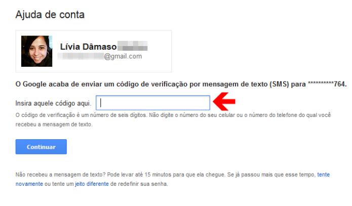 Inserindo o código de recuperação de senha da conta do Google (Foto: Reprodução/Lívia Dâmaso)