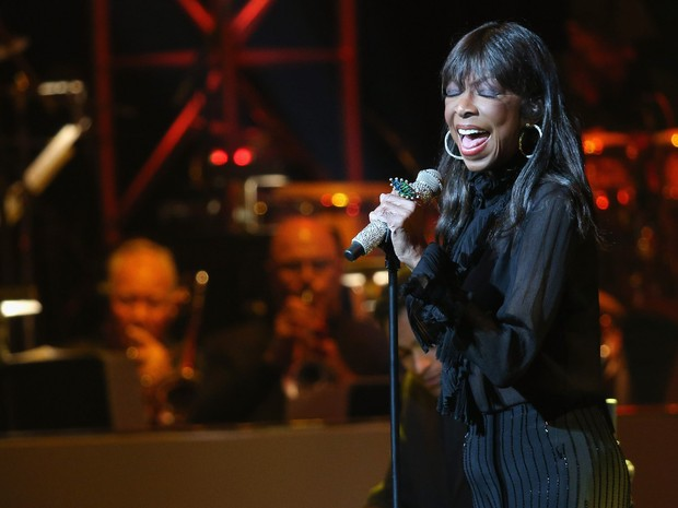 R.I.P Natalie Cole Us-seriousfun-childrens-network-2015-los-angeles-gala--an-eveni_imeh_akpanudosen_afp-2