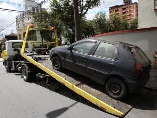 Veículo guinchado CET Santos (Foto: Divulgação/Prefeitura de Santos)