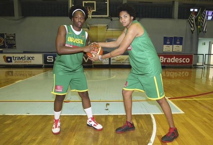 Clarissa e Bianca na seleção brasileira de basquete (Foto: Divulgação/CBB)