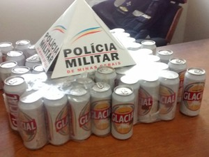 Parte da cerveja foi recuperada (Foto: Divulgação/PM)