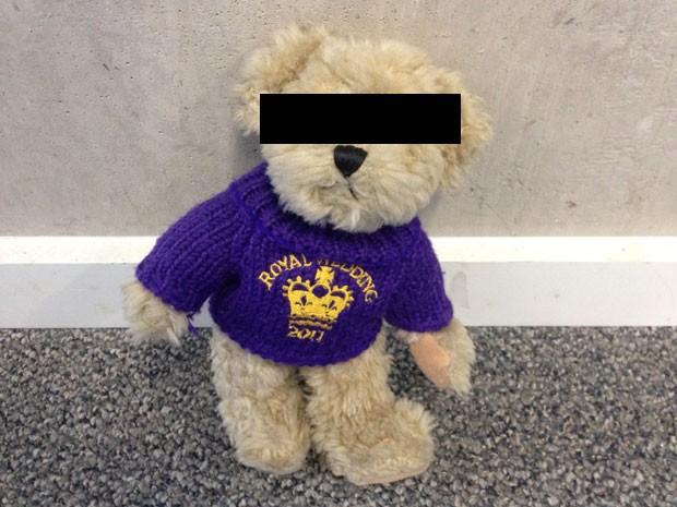 Ladrão foi identificado pela polícia britânica depois de fazer sexo com ursinho de pelúcia e deixar seu sêmen no brinquedo (Foto: Foto arquivo)
