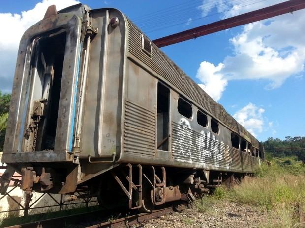 Vagão de trem apareceu sozinho na antiga estação de trem de São Roque (Foto: Divulgação/São Roque Notícias)