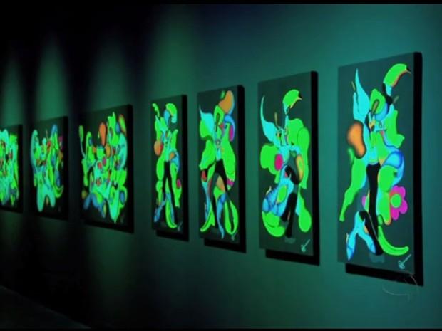 Convertendo em Curvas, exposição de Adriano Figueiredo (Foto: Reprodução/TVCA)