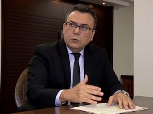 Juiz explica sobre o que prefeituras estão fazendo para pagar dívidas (Foto: Reprodução/ EPTV)
