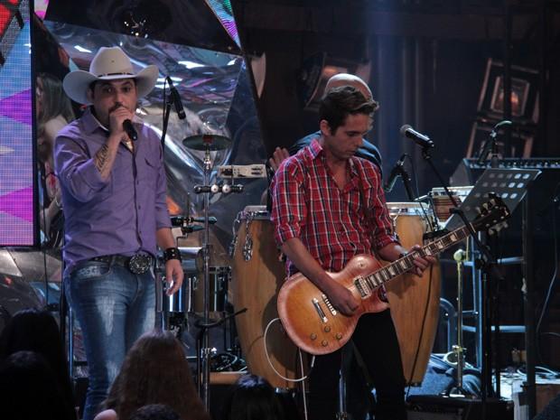 Edson & Hudson participam da gravação do programa 'Altas Horas' (Foto: Marcos Mazini/Gshow)