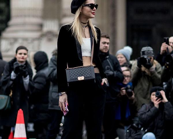 Cuidaco com as roupas é essencial para um look em dia (Foto: Imaxtree)