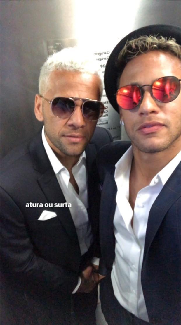 Daniel Alves e Neymar (Foto: Reprodução/ Instagram)
