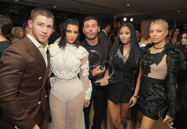 Nick Jonas, Kim Kardashian, Mert Alas, Nicki Minaj e Fergie (Foto: Getty Images)