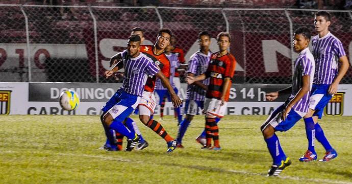 Aquidauanense x Flamengo (Foto: Olicio Pelosi / Agência Estado)