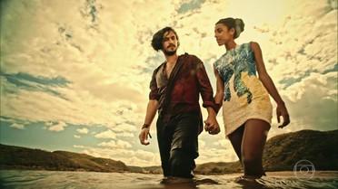 Miguel e Sophie pedem a benção ao rio São Francisco