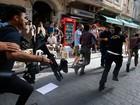 Polícia turca dispersa manifestação LGBT em Istambul