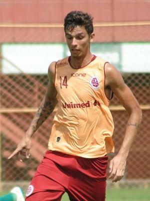 Dilsinho, zagueiro da Desportiva Ferroviária (Foto: Henrique Montovanelli/Desportiva Ferroviária)