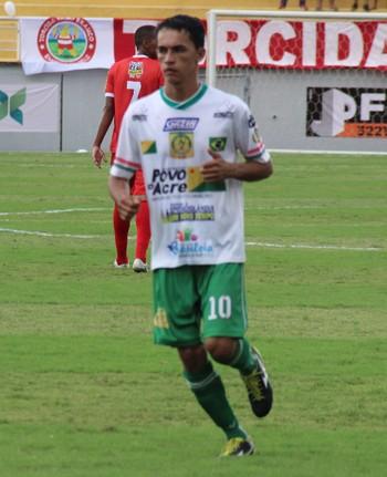 Mauro Maia, meio-campo do Alto Acre (Foto: João Paulo Maia)