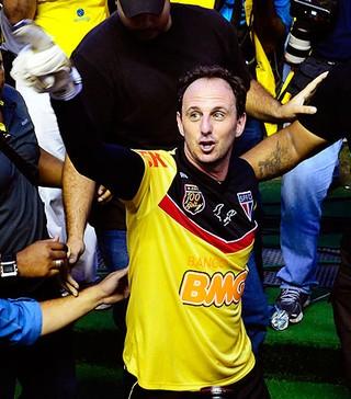 Rogério Ceni comemora gol 100 contra o Corinthians (Foto: Marcos Ribolli / GLOBOESPORTE.COM)
