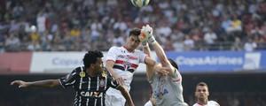 São Paulo e Corinthians ficam no<br /><br /><br /> 1 a 1 em jogo com polêmica no fim (Estadão Conteúdo)