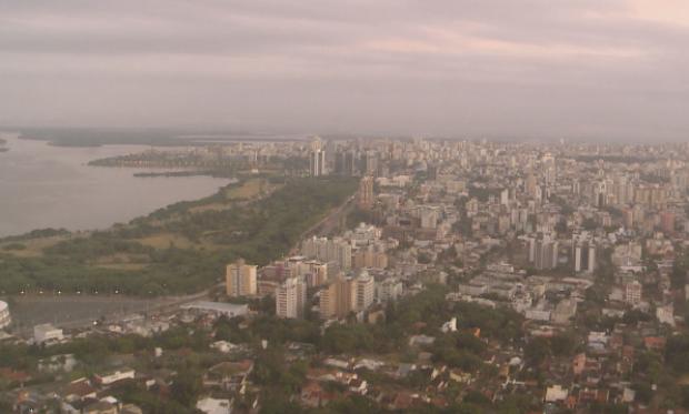 Porto Alegre deve ter tempo seco nesta quarta-feira (27) (Foto: Reprodução/RBS TV)
