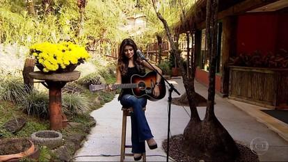 Paula Fernades canta 'Pedaço de Chão' no Terra de Minas