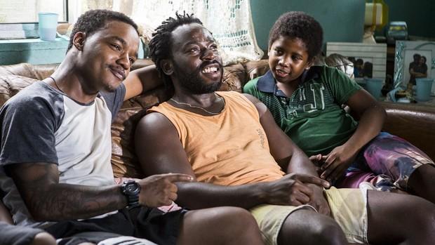Cidade dos Homens: Acerola e Laranjinha viram pais ( Ellen Soares/ Gshow)