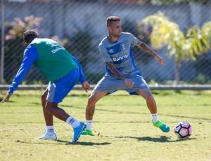 Luan treino Grêmio (Foto: Lucas Uebel / Grêmio F.B.P.A.)
