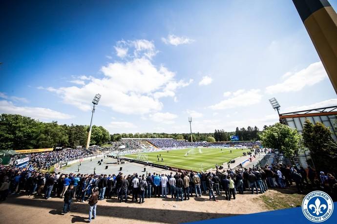 Jonathan-Heimes-Stadion am Bollenfalltor Darmstadt (Foto: Reprodução / Facebook)