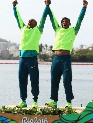 Erlon Souza e Isaquias Queiroz Canoa Dupla (C2) 1.000m (Foto: Agência Getty Images)