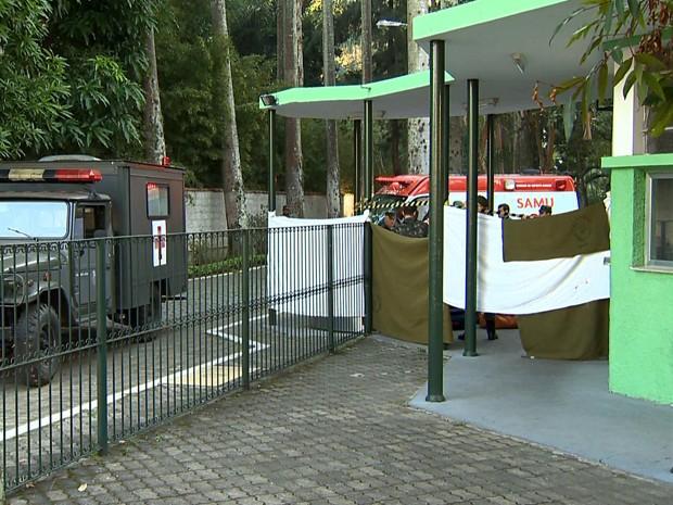 Baleado Exército Juiz de Fora (Foto: Reprodução/TV Integração)