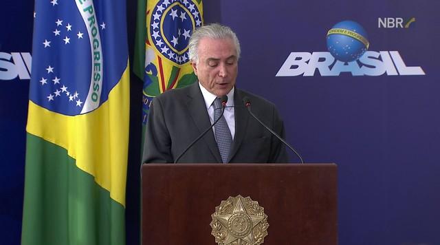 Temer diz que governo quer dar um salto de qualidade na educação brasileira