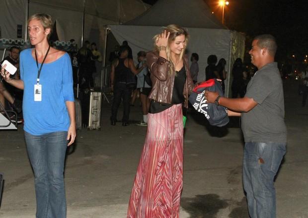Sasha deixa o Fashion Rio (Foto: Isac Luz / EGO)
