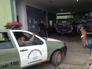 Polícia foi acionada para controlar o motim na Casa de Custodia em Teresina (Foto: Yara Pinho/G1)