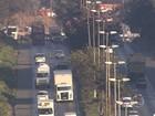 Motoristas enfrentam trânsito lento no entorno da Ceasa, em Contagem