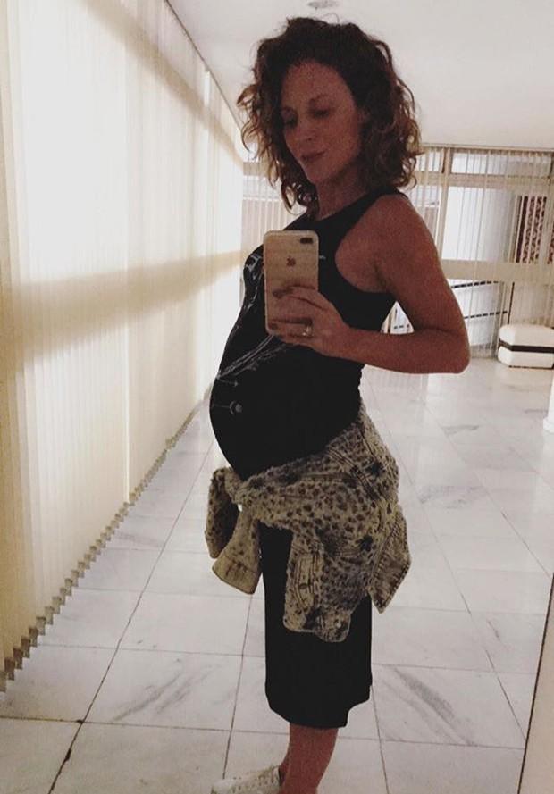 Maíra Charken com 32 semanas (Foto: Reprodução/Instagram)