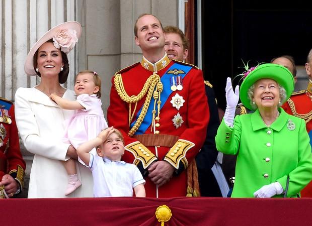 Família real celebra os 90 anos da rainha Elizabeth II (Foto: Getty Images)