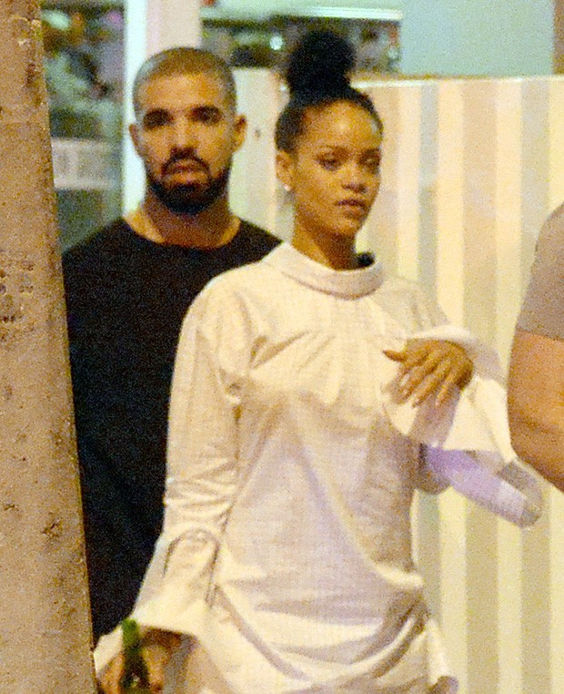 Rihanna e Drake (Foto: The Grosby Group)