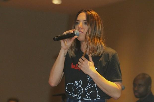 Mel C faz pocket show no Rio (Foto: Daniel Delmiro/AgNews)